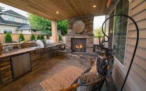 Modular outdoor kitchen