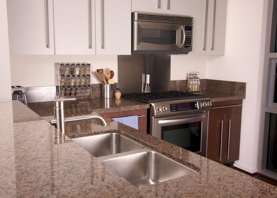 Modern Kitchen Designs by Unique Builders
