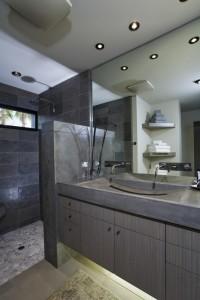 UBT modern bathroom
